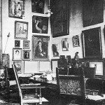 Gertrude Stein 27 - paintings on wall - internet photo