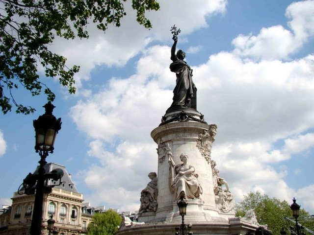 Statue of la Republique by the Morice brothers 1883©Colleen Shaughnessy-Larsson 2010