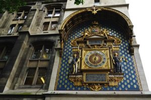 First and oldest public clock in Paris, ordered by Charles V (1371). Restored in 2016 (last restoration 1952)