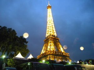 Eiffel-Tower-at-night-Photo J.Christina scribblesandsmailes.net