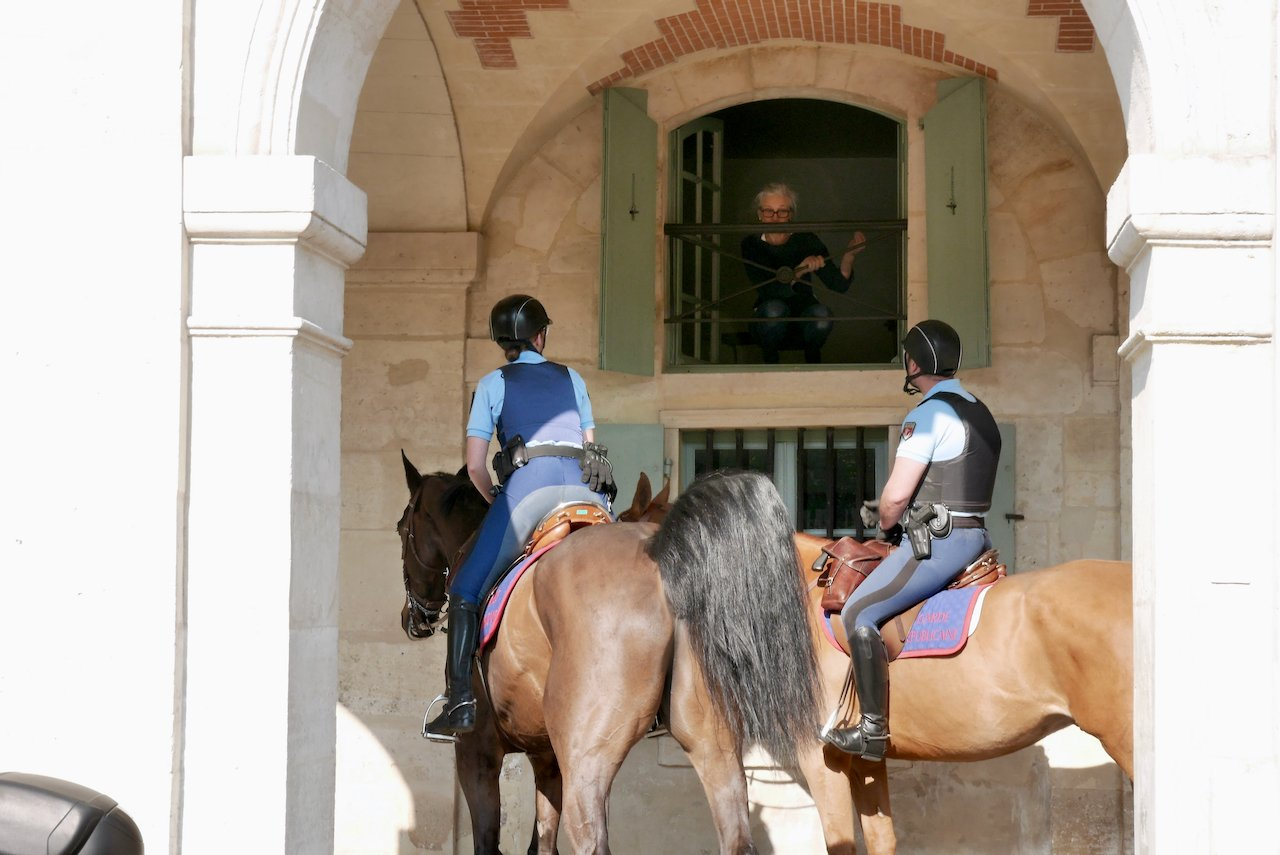 image of resident and mounted gendarmes