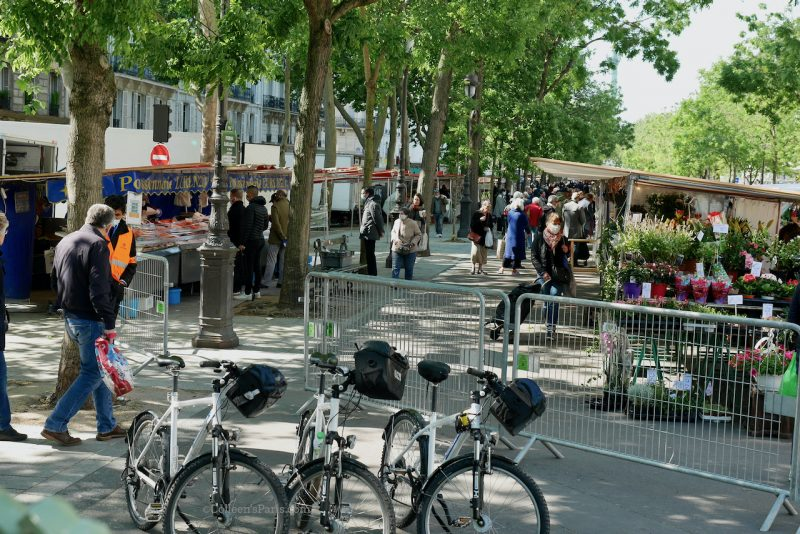 Barriers and security to go to the Marché Bastille
