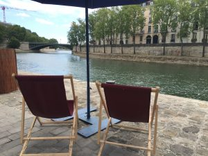 2 deck chairs Images from Paris Plages 2020